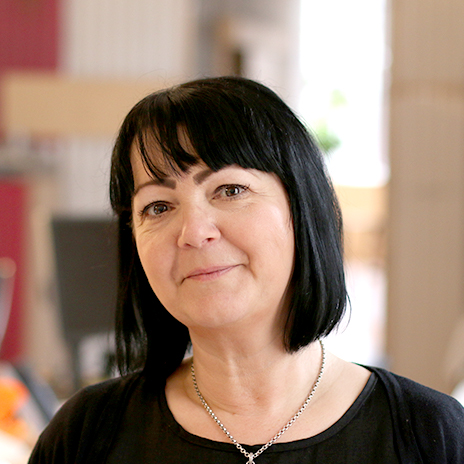 Helen Miola